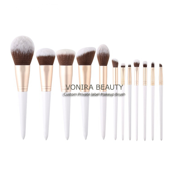 Custom Private Label Germany BSF Taklon Hair Gold Makeup Brush Kit With White Handle