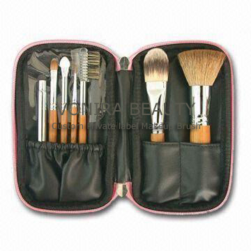Travel Makeup Brush Set, Made of Goat Hair, Bamboo Handle, Available in Various Colors and Designs