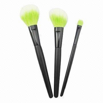 Vonira Beauty Brush Set with Wooden Handle, Black Alum Ferrule, OEM and ODM Orders Accepted